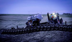 Growers Field-Test the New Fendt Momentum Planter